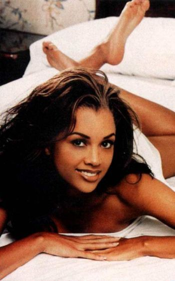http://www.cine5x.com/fotos/vanessa_williams_1.jpg